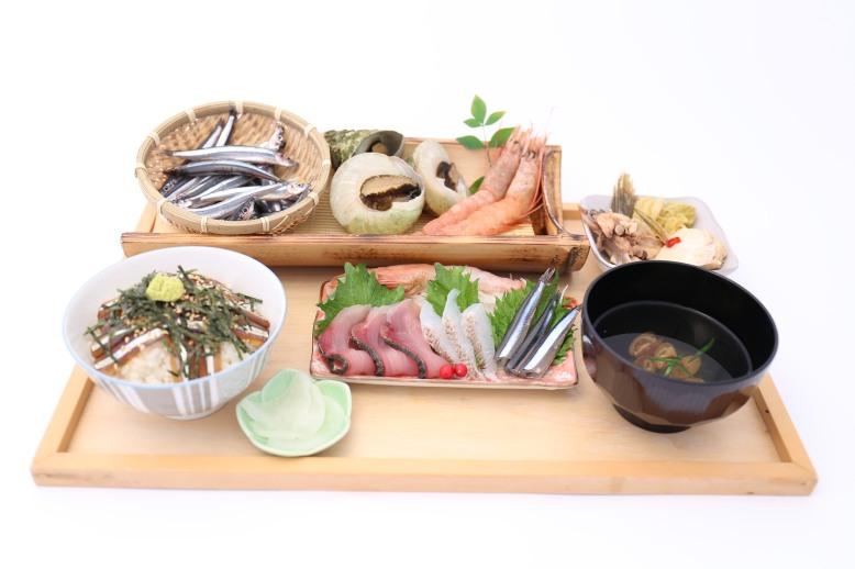 大漁盛り1800円
